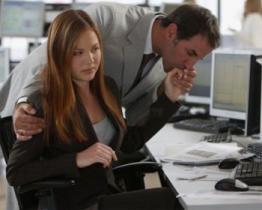 Cosa fai quando il tuo capo ti fa delle avances?