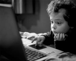 Il Computer danneggia ai bambini!
