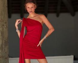 Vuoi un uomo ricco? Vestiti di rosso!